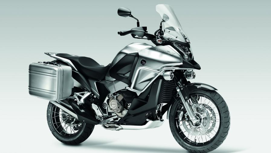 2012 Honda Crosstourer to be Unveiled at the EICMA