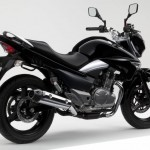 2012 Suzuki Inazuma 250 for UK Market_4