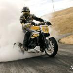 Triumph Speed Triple vs Ford Mustang Cobra (Video)_3