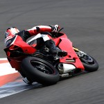 2012 Ducati 1199 Panigale unveiled at the Yas Marina Circuit in Abu Dhabi (Video)_6