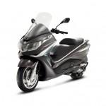 2012 Piaggio X10 Maxi-Scooter_10
