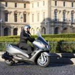 2012 Piaggio X10 Maxi-Scooter_6
