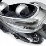 2012 Piaggio X10 Maxi-Scooter_9