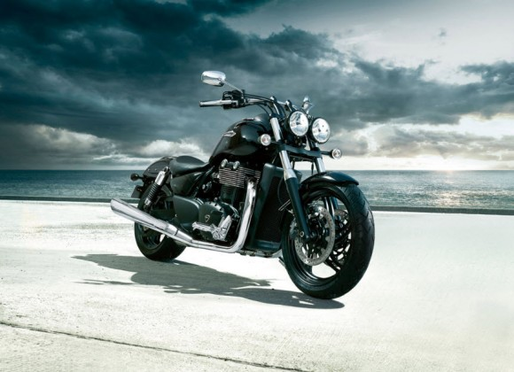 2012 Triumph Thunderbird Storm Review