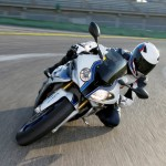2013 BMW HP4 Officially Revealed_18