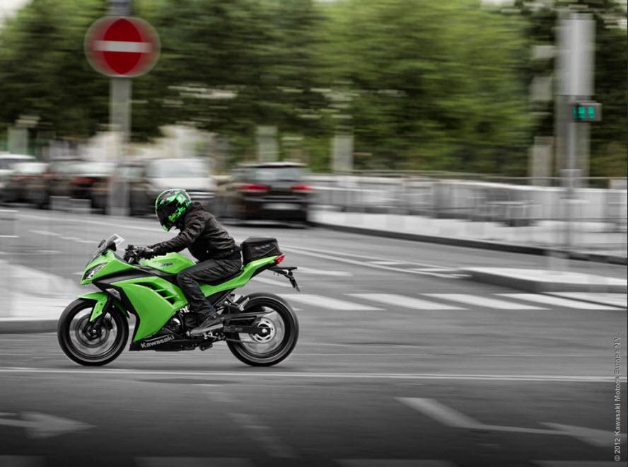2013 Kawasaki Ninja 300_1