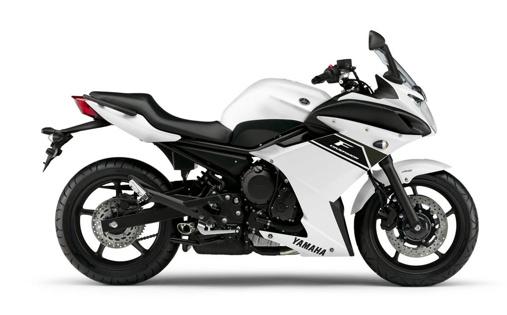 2013 Yamaha XJ6 Diversion F_2