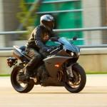 2013 Yamaha YZF-R1_24