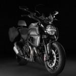 2013 Ducati Diavel Strada_1