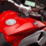 2013 MV Agusta Rivale 800_12