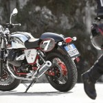 2013 Italian V-twin Moto Guzzi V7 Racer_10