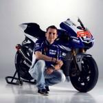 Yamaha 2013 MotoGP Livery Revealed - Jorge Lorenzo_4