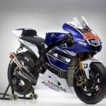 Yamaha 2013 MotoGP Livery Revealed - Jorge Lorenzo_9