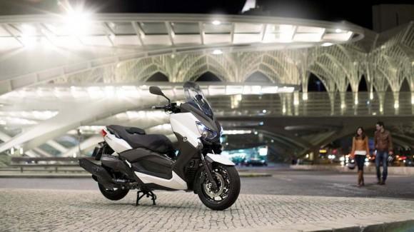 2013 Yamaha X-Max 400 Maxi-scooter