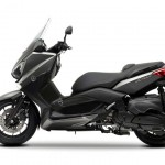 2013 Yamaha X-Max 400 Maxi-scooter Matt Gray_5