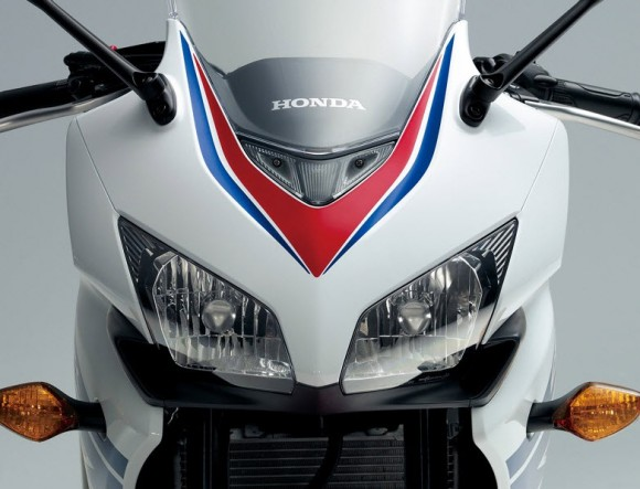 2014 Honda CBR400R Unveiled for the Japanese Market