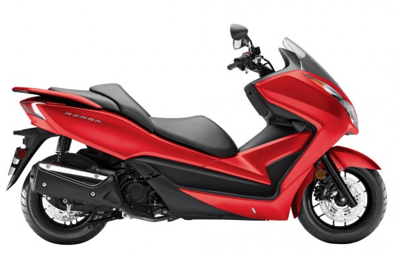 Honda Officially Introduces 2014 Forza Scooter for United States - Pearl Red