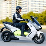 2014 BMW C evolution Electric Scooter In Action_2