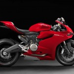 2014 Ducati 899 Panigale Red_2