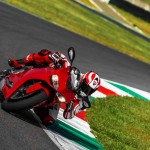 2014 Ducati 899 Panigale in Action_1