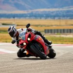 2014 Yamaha YZF-R1 Official Pictures