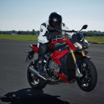 2014 BMW S1000R In Action_2
