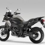 2014 Honda Crosstourer Gets New Paint Schemes_4