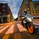 2014 KTM RC125 In Action_1