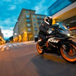 2014 KTM RC125 In Action_3