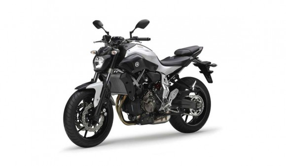 2014 Yamaha MT-07 Competition White_1