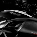 2015 Ducati Diavel Carbon Version_4