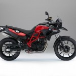 2015 BMW F700GS lack Storm Metallic Racing Red_1