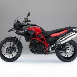 2015 BMW F700GS lack Storm Metallic Racing Red_2