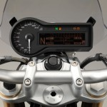 2015 BMW R1200R Instrument Display