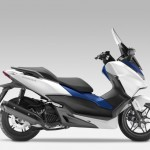 2015 Honda Forza 125 Matt Pearl Cool White with Blue_1