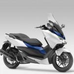 2015 Honda Forza 125 Matt Pearl Cool White with Blue_5