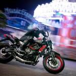2015 Yamaha MT-07 Moto Cage Stunt Action