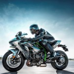 2015 Kawasaki Ninja H2 in Action