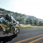 2015 Kawasaki Ninja H2 in Action_10