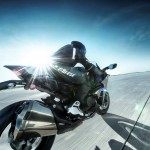 2015 Kawasaki Ninja H2 in Action_12