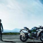 2015 Kawasaki Ninja H2 in Action_2