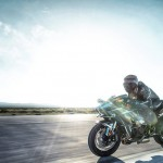2015 Kawasaki Ninja H2 in Action_6