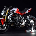 2015 MV Agusta Brutale 800 RR Pearl Shock Red and Pearl Ice White_4