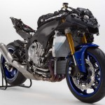 2015 Yamaha YZF-R1 Uncover_1