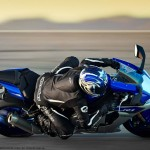 2015 Yamaha YZF-R1 in Action_2
