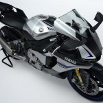 2015 Yamaha YZF-R1M Carbon Fiber Liquid Metal_2