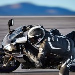 2015 Yamaha YZF-R1M In Action_5