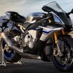 2015 Yamaha YZF-R1M_1