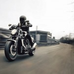 2015 Yamaha VMAX Carbon In Action_1