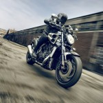 2015 Yamaha VMAX Carbon In Action_2